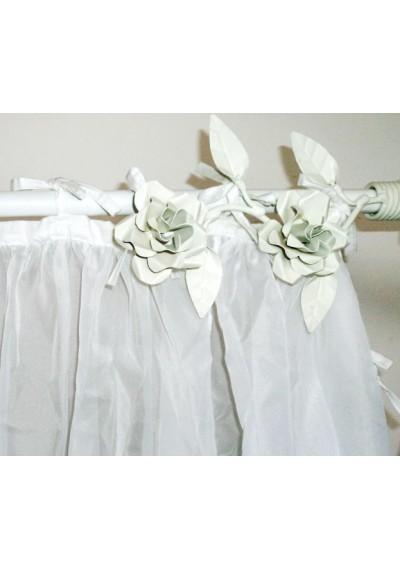 Ponteira para cortina com rosas