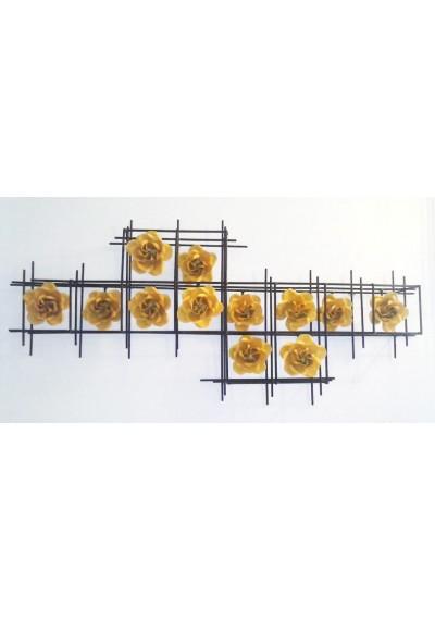 Painel em ferro parede com flores em relevo