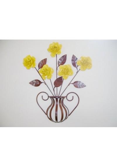 Painel em ferro com 5 rosas