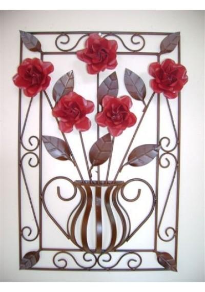 Quadro em ferro anfora rosas