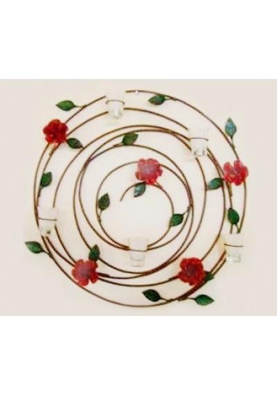 Painel em ferro com folhas, rosas e velas