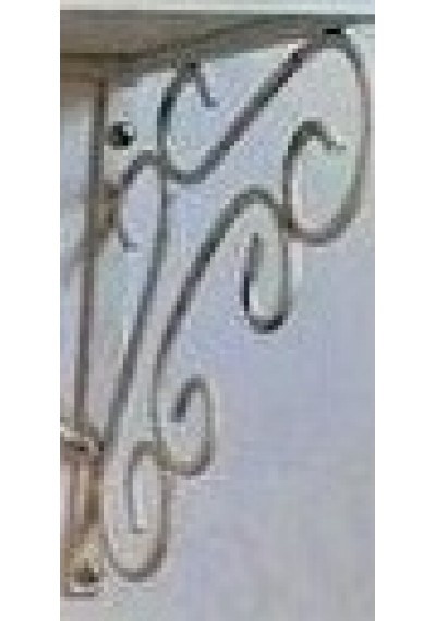 Mão francesa com arabescos para suporte da prateleira