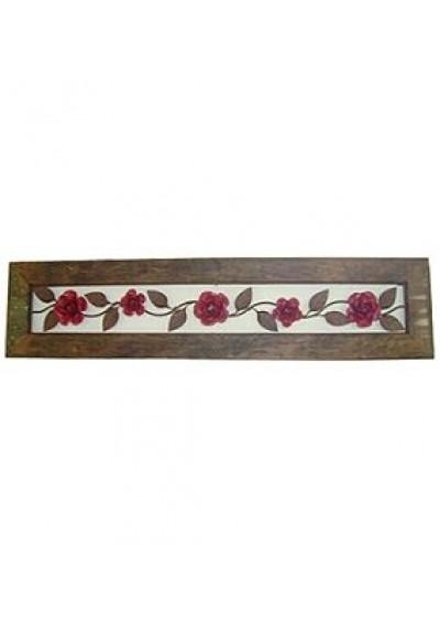 Quadro em ferro com arabesco e rosas